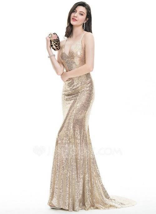 Платье с открытой спиной – самые красивые и модные модели на все случаи жизни