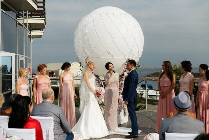 Как выбрать тамаду или ведущего на свадьбу