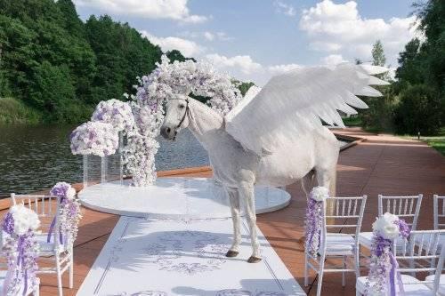 Свадьба в стиле «алиса в стране чудес»