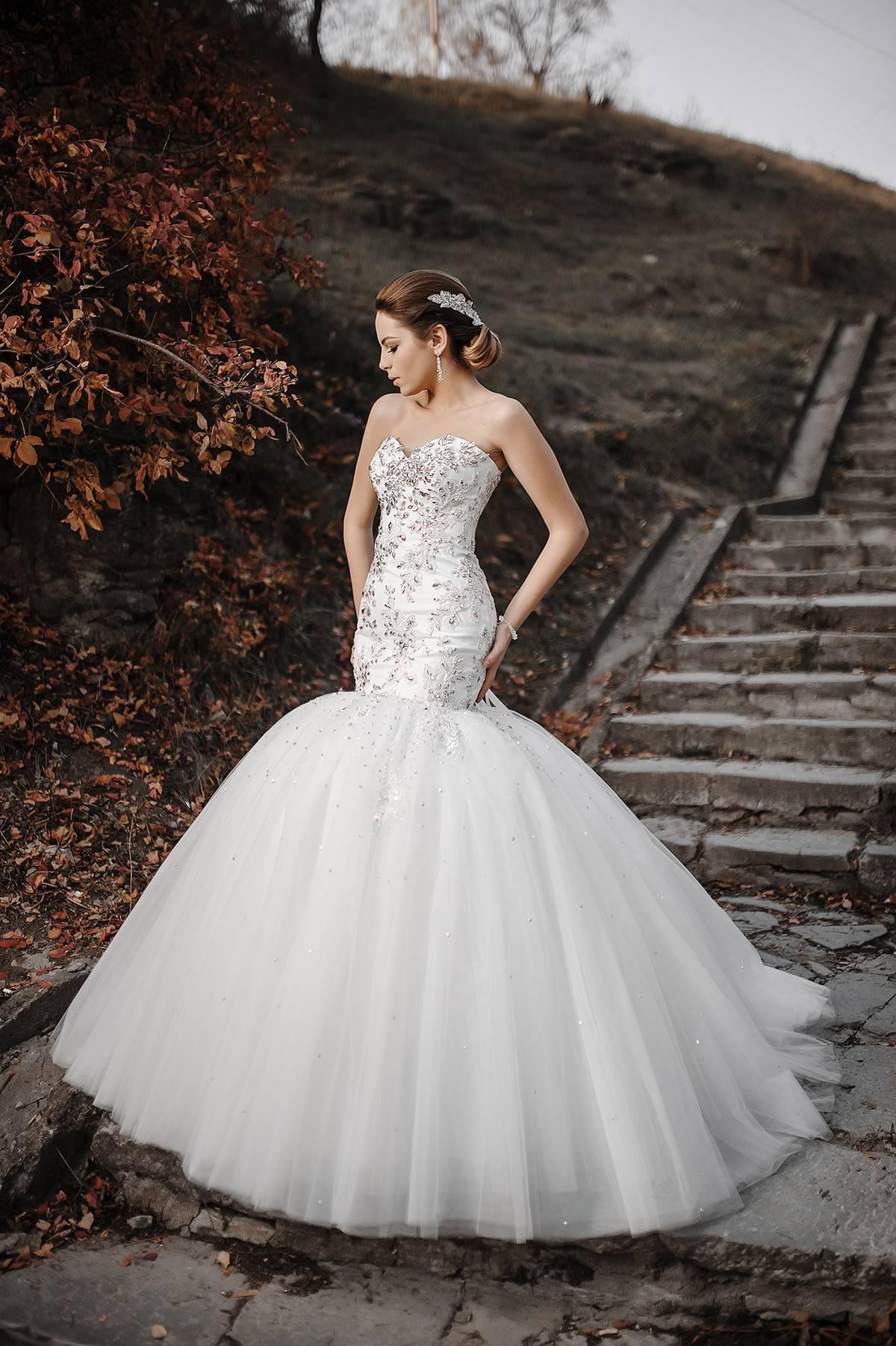 Красивый свадебный маникюр невесты 2020-2021 - фото, тенденции, идеи