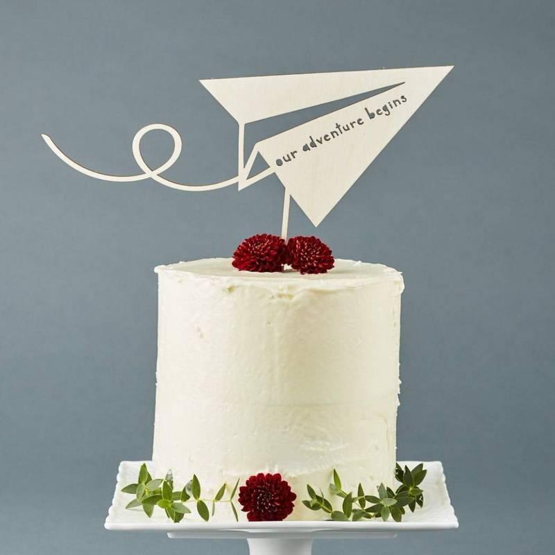 Торт на 10 лет свадьбы (20 фото): выбираем прикольные торты на розовую годовщину или на оловянный юбилей с надписями