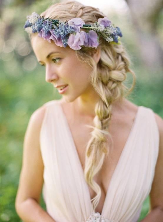 Цветочный венок для невесты вместо фаты