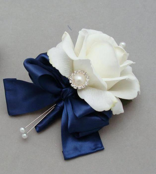 Бутоньерки своими руками  как крепить цветок к пиджаку