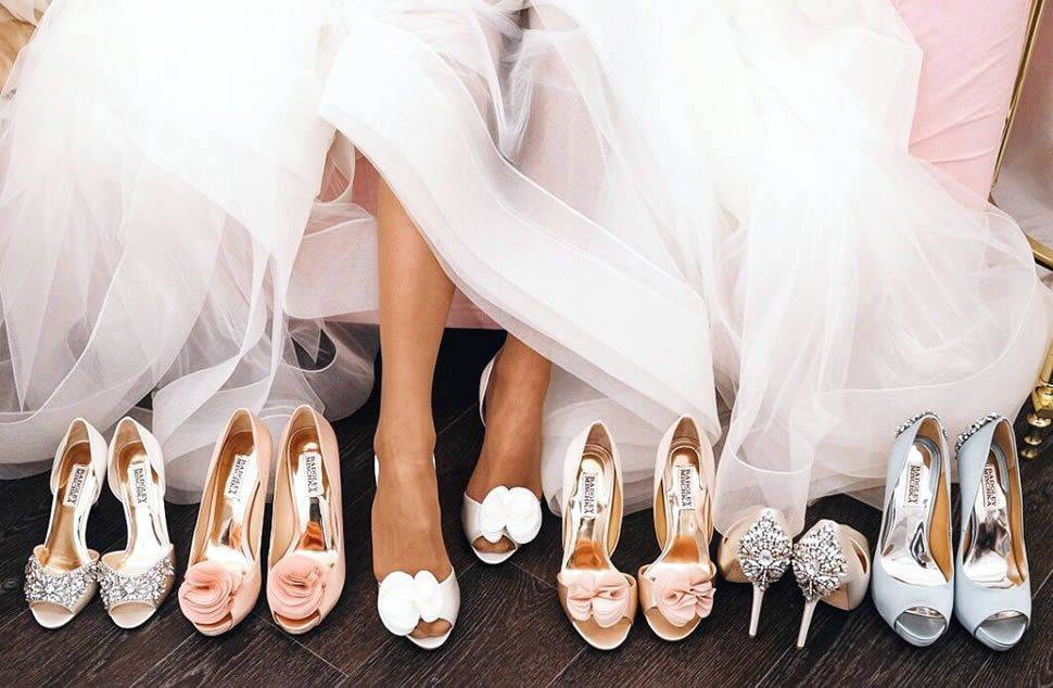 Свадебные туфли (107 фото): белые модели 2020 на свадьбу на низком каблуке для невесты, на танкетке, платформе и шпильке