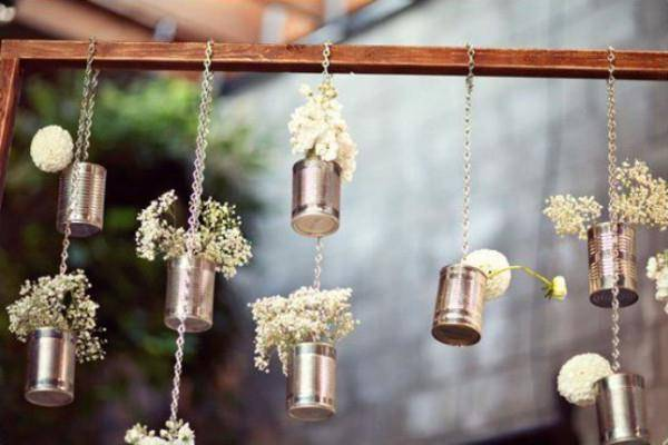 Что подарить на 8 лет свадьбы, традиции и поздравления