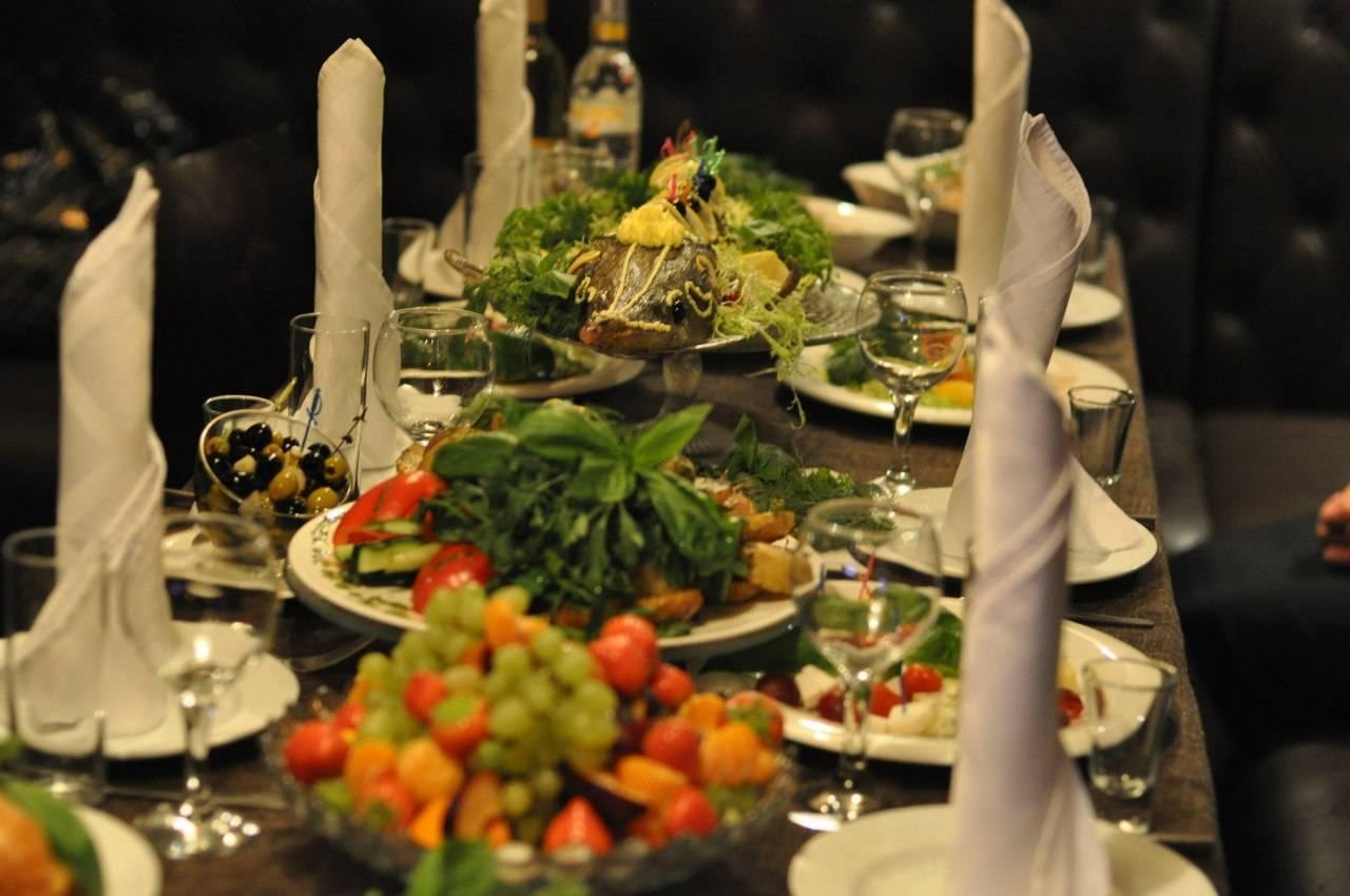Как составить свадебное меню и организовать свадебный банкет