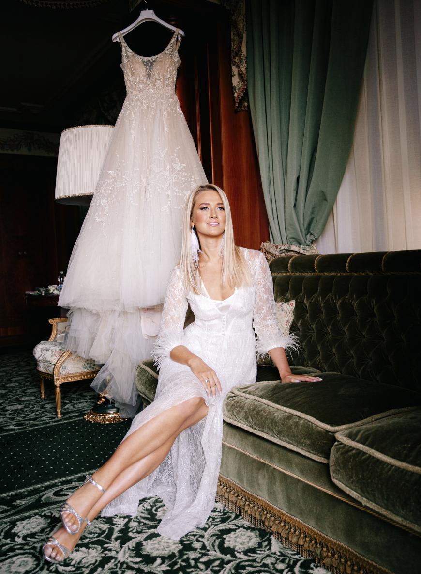 Какие бывают прически на свадьбу?