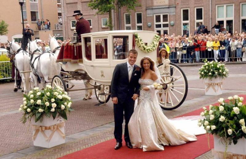 Красная  свадьба: сколько лет, что подарить? годовщина свадьбы (100 лет совместной жизни): какая свадьба?