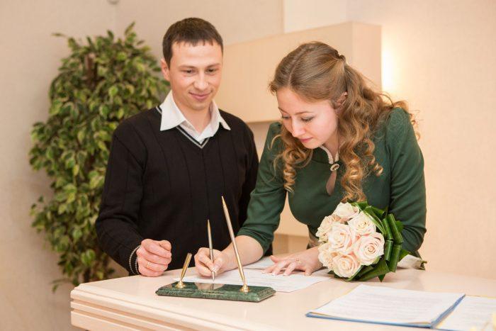 Проведение неторжественной регистрации брака: ответы на самые распространенные вопросы