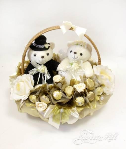 Золотая свадьба: что подарить, как поздравить