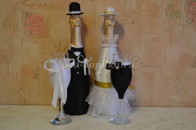 Как своими руками украсить бутылки на свадьбу, 5 интересных идей