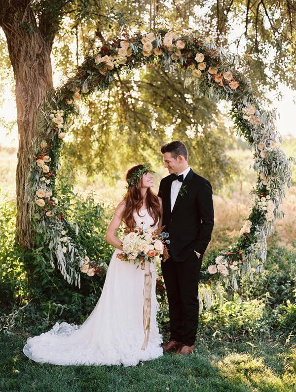 Свадебная арка: ее роль и варианты декора