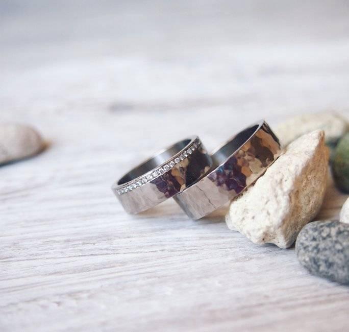 Эксклюзивные обручальные кольца: варианты дизайна, лучшие бренды, фото