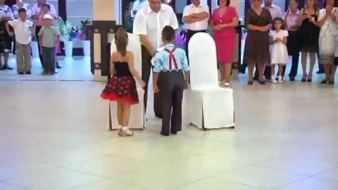 Обряд на свадьбе дочери снятие фаты. старинный свадебный обряд снятия фаты