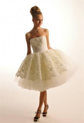 Простые свадебные платья: популярные фасоны и фото