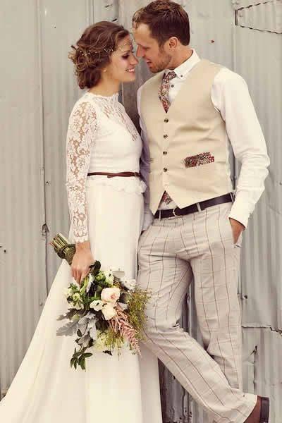 Стулья на свадьбу — оригинальные варианты декорирования и подбора сидений (72 фото)