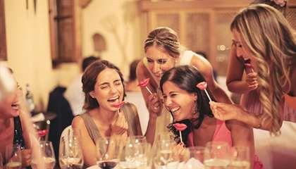 Прикольные конкурсы на свадьбу для небольшой компании без тамады