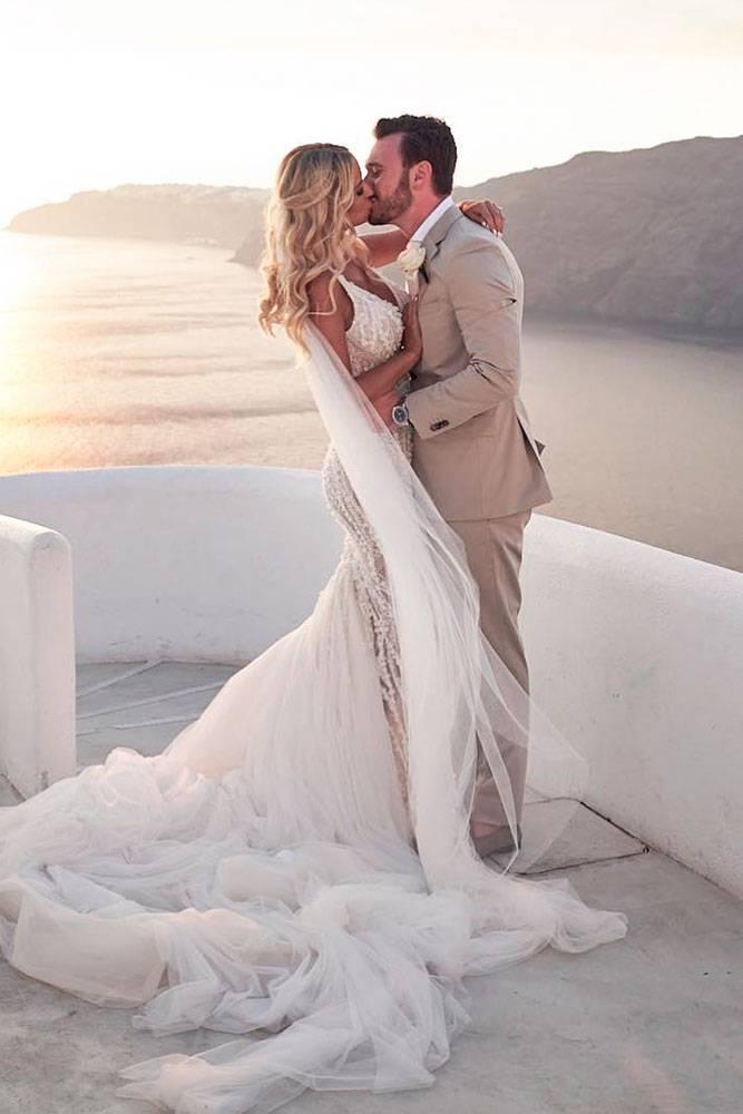 Что делать после развода со свадебными вещами