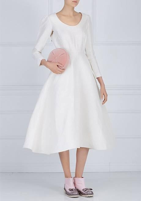 Можно ли продавать свадебное платье – разные мнения