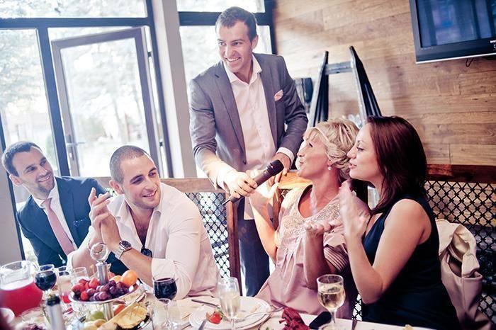 Описание гостей на свадьбу для ведущего пример