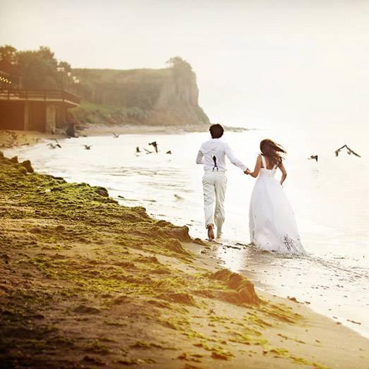 Свадебное путешествие в апреле – куда поехать?