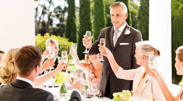 Прикольные свадебные тосты: лучшие идеи креативных пожеланий