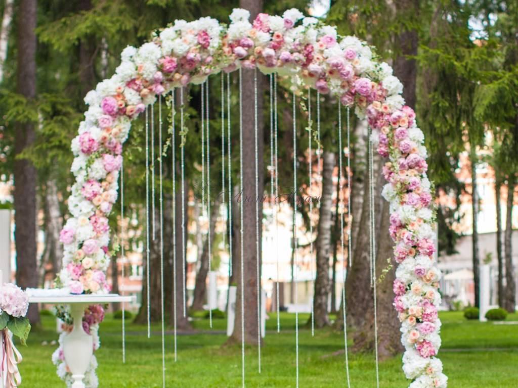 Свадебная арка: 73 фото лучших вариантов дизайна для идеальной совремненой свадьбы