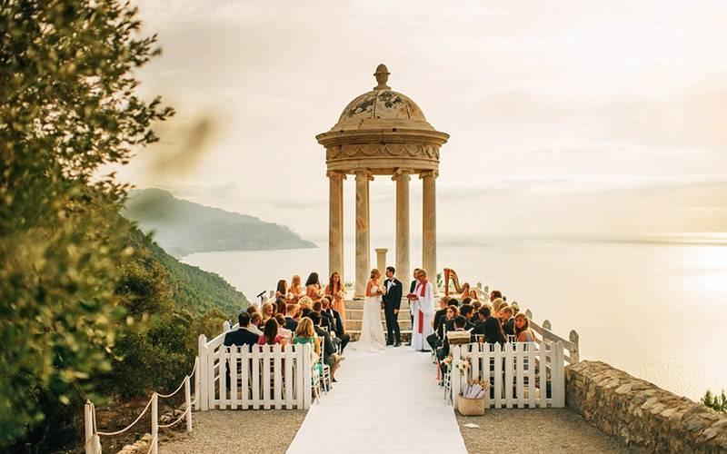 Свадебное путешествие в испанию: советы по выбору тура