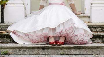 Как выбрать подъюбник для свадебного платья