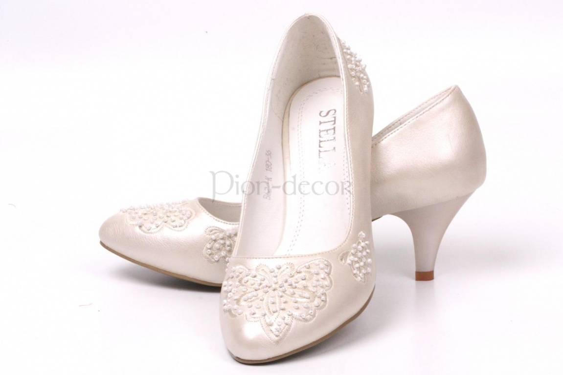 Выбираем свадебные туфли на высоком каблуке (44 фото)