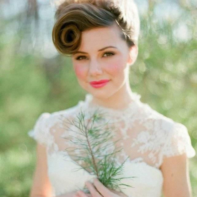 Свадебные прически (109 фото): самые красивые прически на свадьбу для невесты, высокие женские укладки с венком на темные волосы