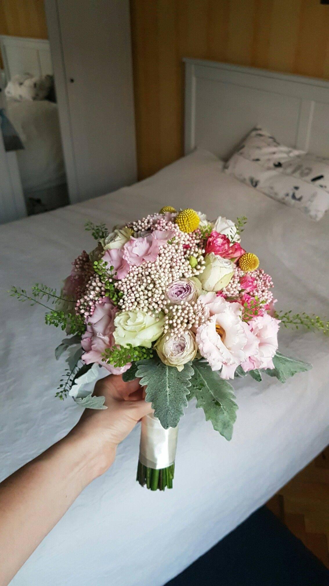 Красивые букеты цветов 2020-2021 – новые тренды в букетах, фото цветочных букетов