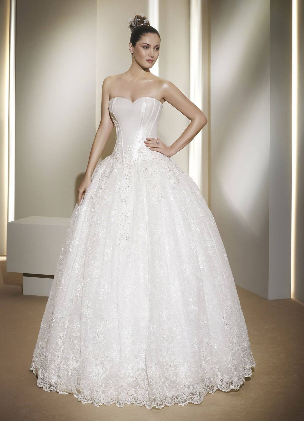 Блестящее свадебное платье: фото и идеи трендовых нарядов