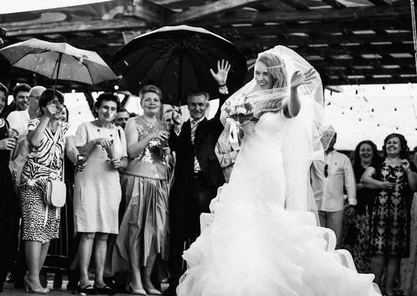 Какая свадьба отмечается через 34 года совместной жизни, что дарить и как поздравить супругов в этот день