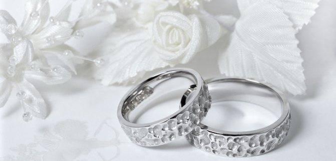 Какая свадьба 5 лет, традиции, идеи подарков на годовщину