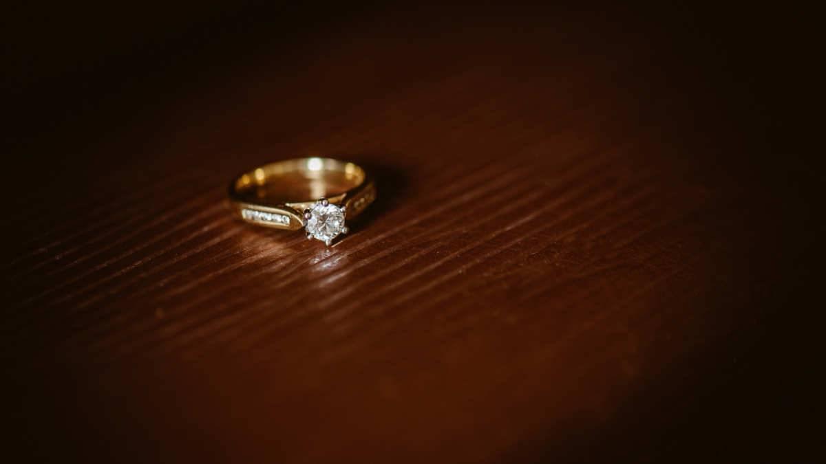 Руководство о том, как подтолкнуть мужчину к предложению руки и сердца