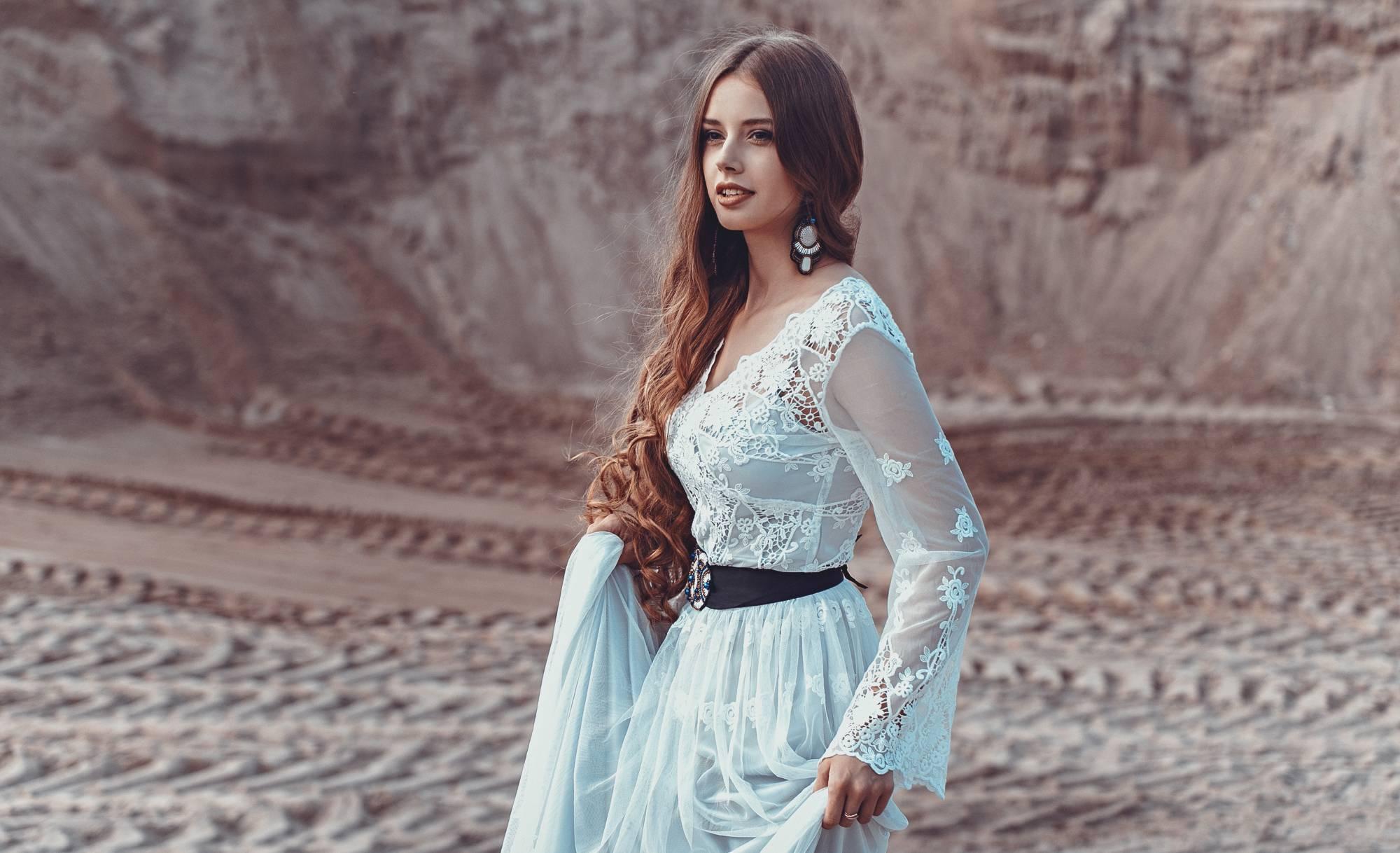 Как правильно постирать платье?