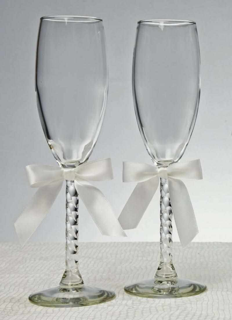 Чем рисуют на свадебных бокалах. мастер-класс: оформление свадебных бокалов своими руками