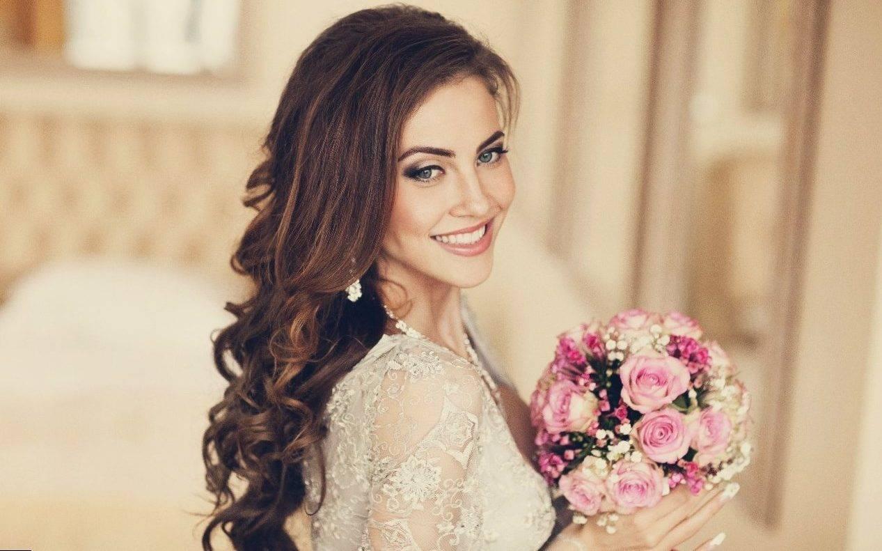 Свадебные прически для мамы невесты