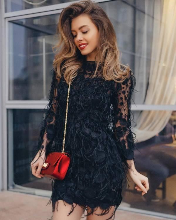 Красивые длинные вечерние платья 2020