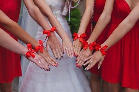 Оригинальные идеи для изготовления браслета для подружек невесты своими руками