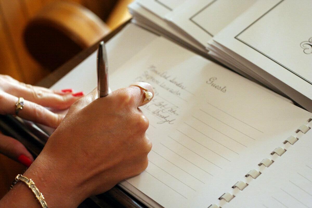 С чего начинать подготовку к свадьбе? пошаговая инструкция