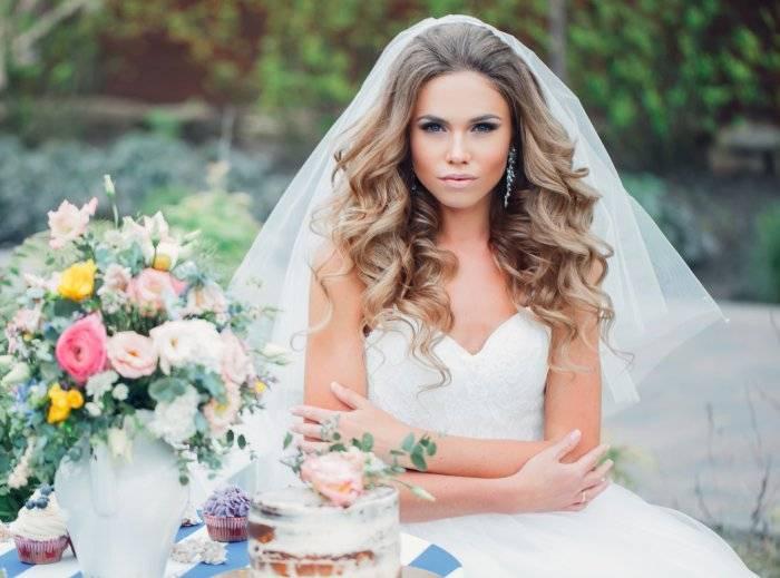 Свадебные прически с распущенными волосами (фото)