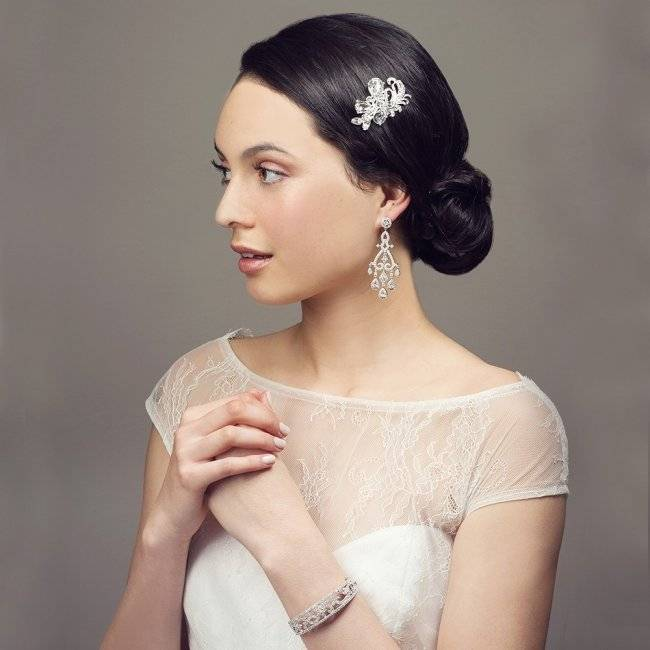 Как выбрать длинные элегантные серьги для невесты на свадьбу? полезные советы