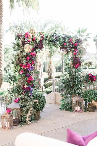 Модная свадебная арка 2020 года: формы и виды, идеи с фото