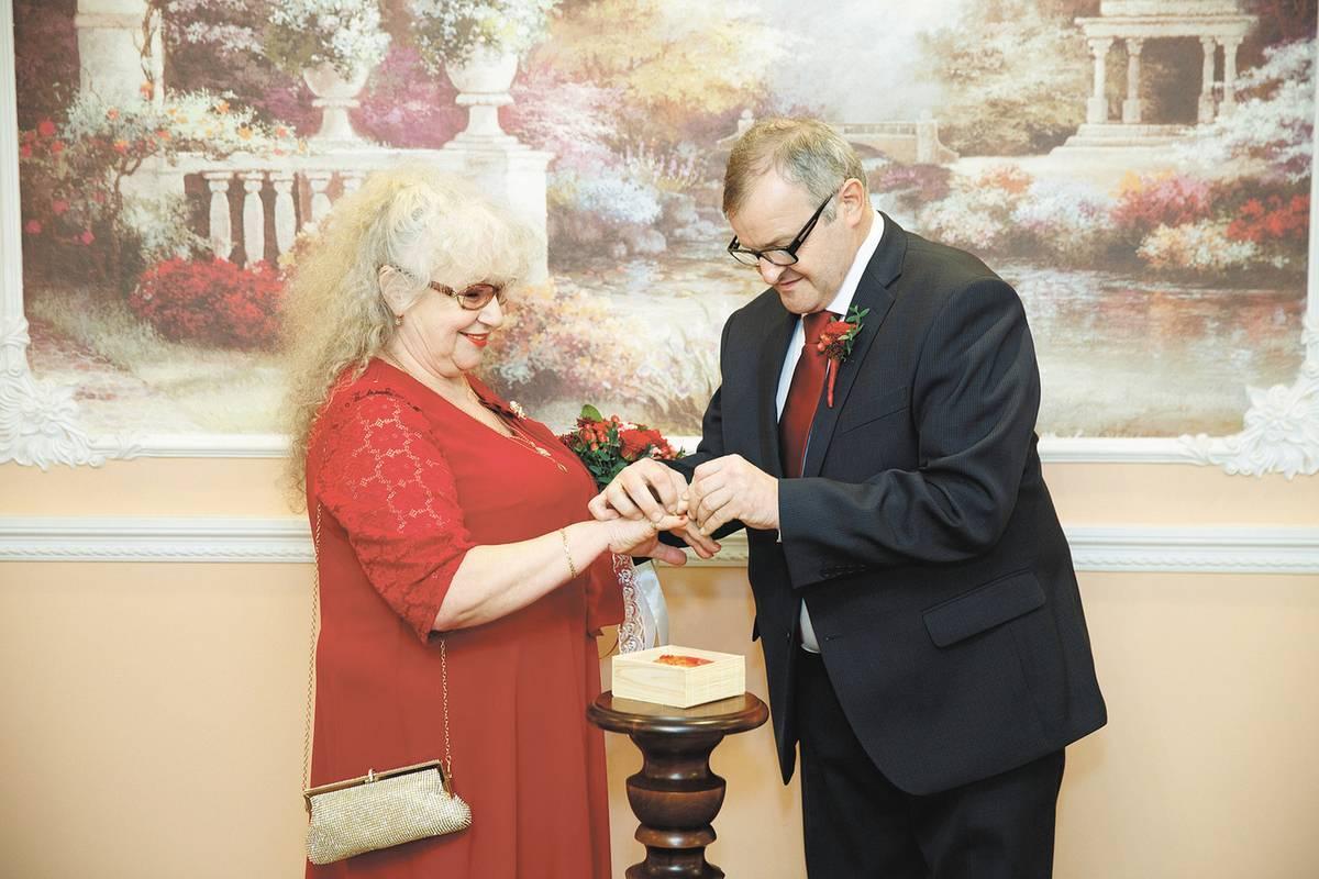 Ведущий на свадьбу: как выбрать? шпаргалка для молодоженов