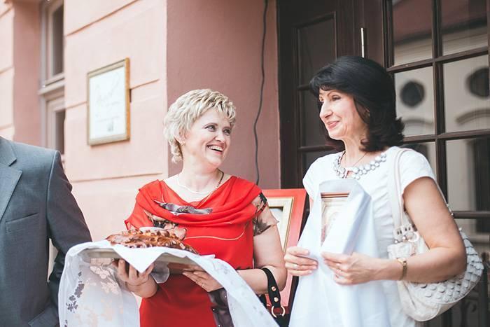 Как благословлять молодоженов перед свадьбой