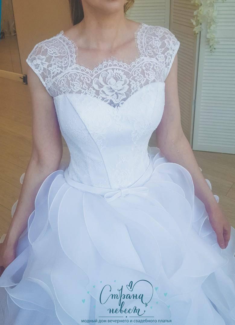Модные свадебные платья для полных: 100 лучших моделей для идеального торжества