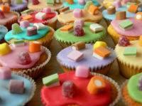 Модный тренд: candy bar или сладкий стол на свадьбу