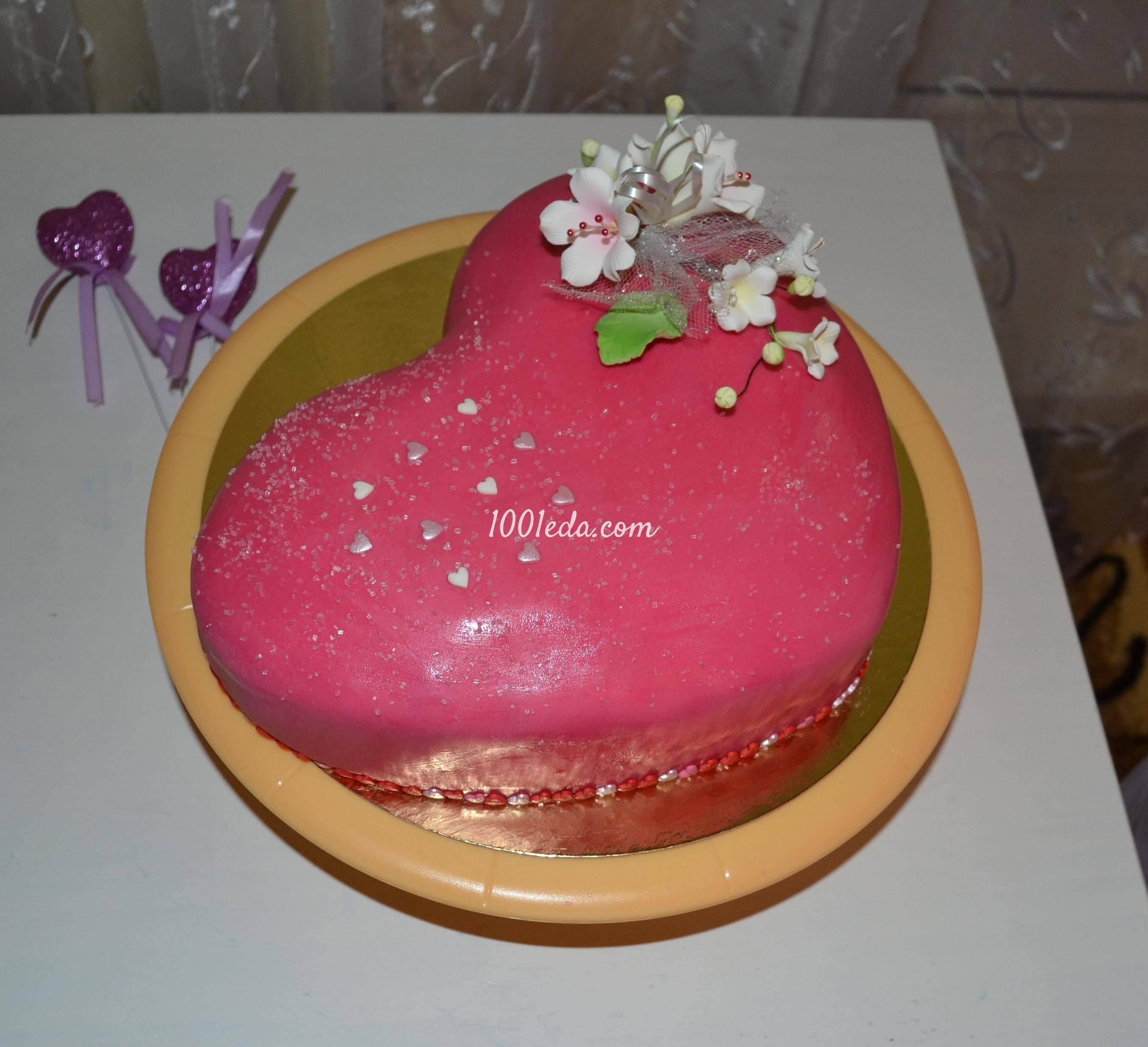 Как украсить свадебный торт своими руками на зависть гостям